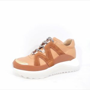 Sneaker roest camel